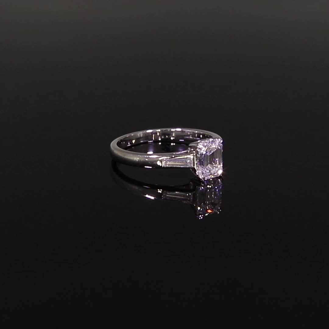 1.01CT Diamond Solitaire Ring<br /> Platinum Regency Setting