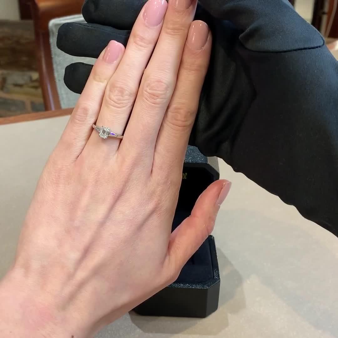 1.01CT Diamond Solitaire Ring<br /> Platinum Regency Setting