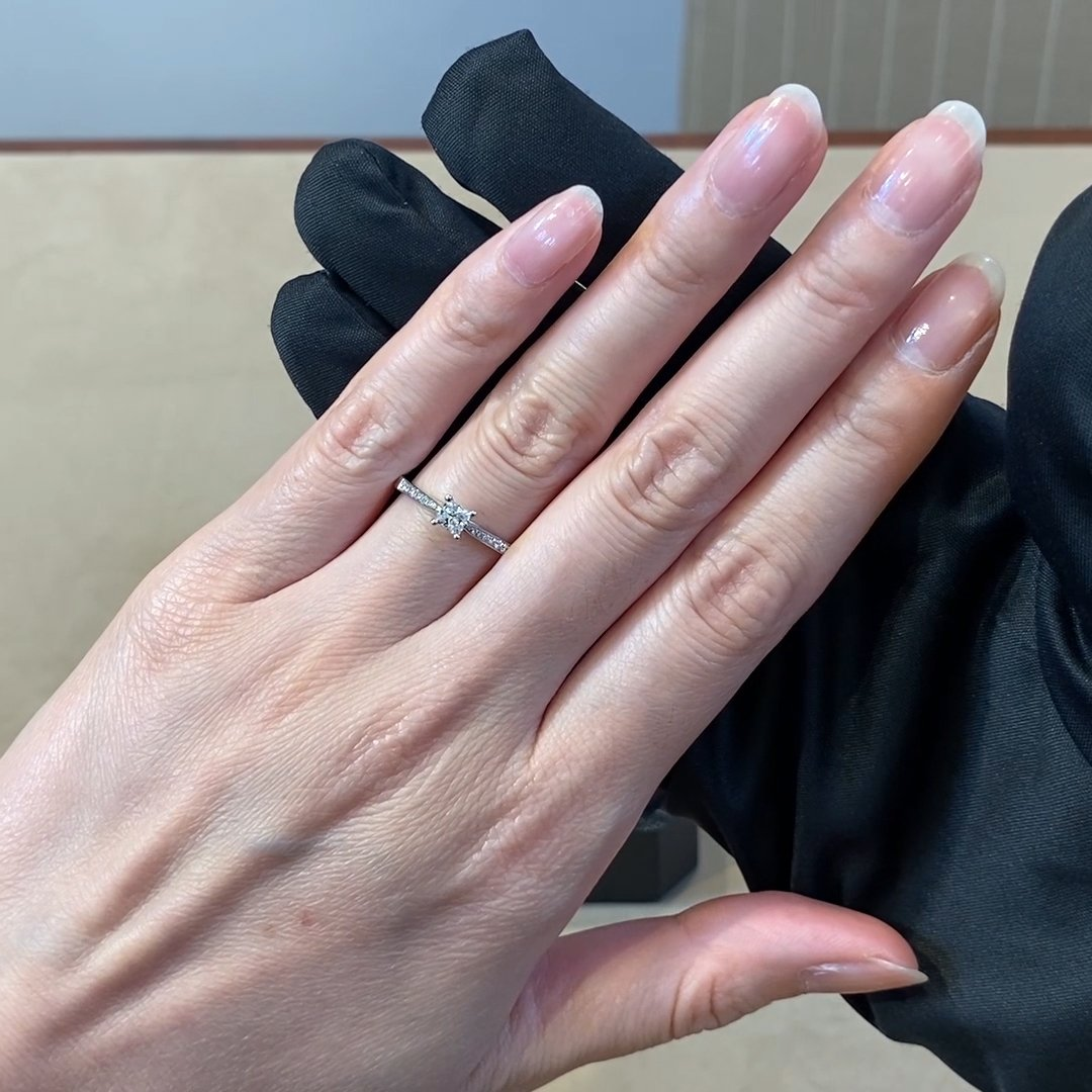 0.29CT Diamond Solitaire Ring<br /> Platinum Duchess Setting