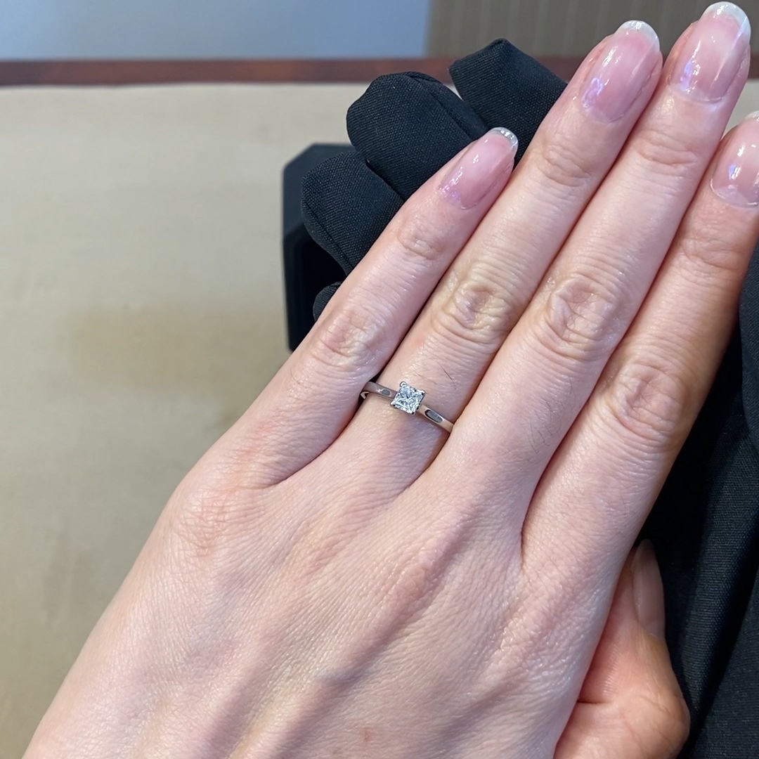 0.40CT Diamond Solitaire Ring<br /> Platinum Classic Solitaire Setting