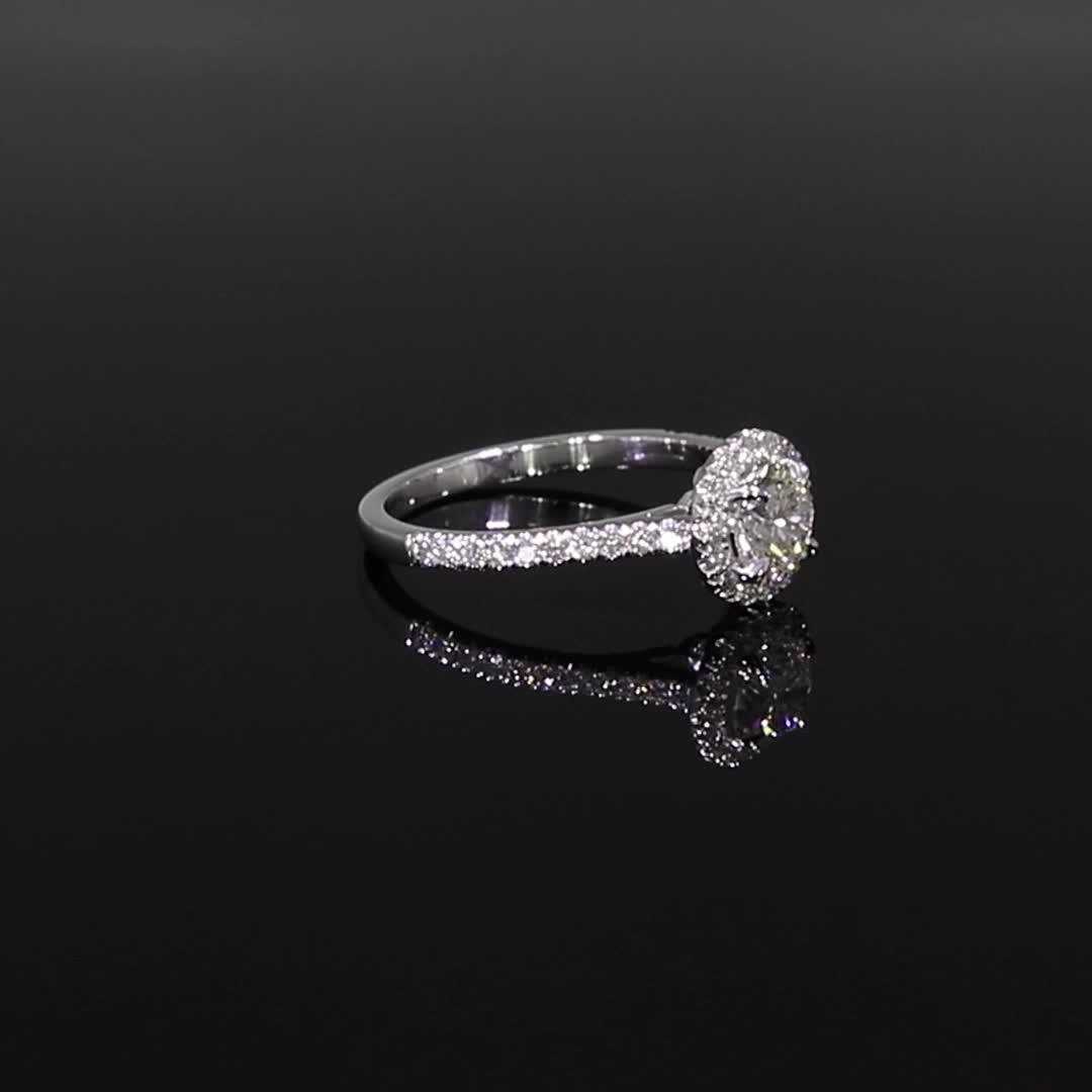 0.74CT Diamond Cluster Ring<br /> Platinum Celestial Setting