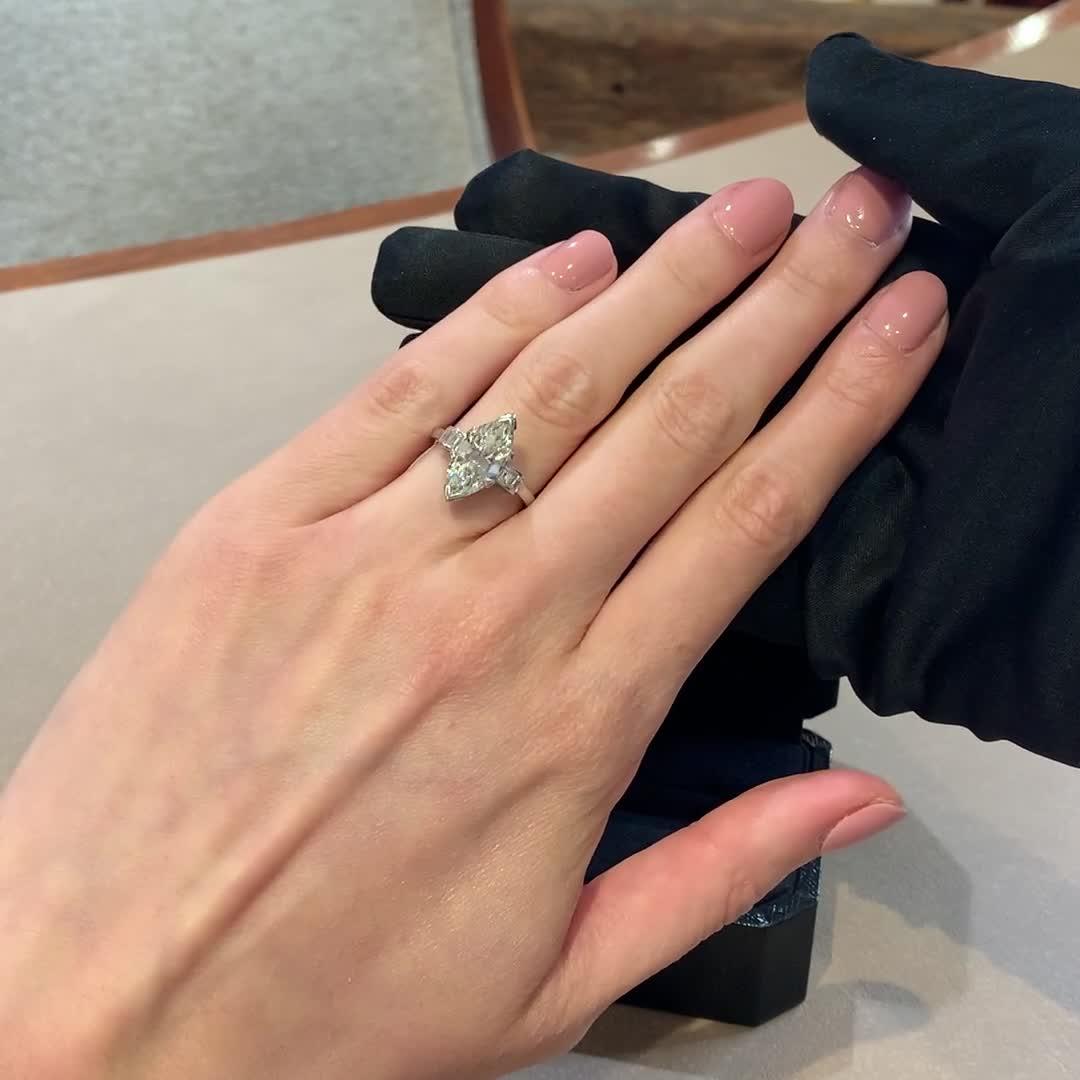 Diamond Ring<br /> 3.10CT in Platinum