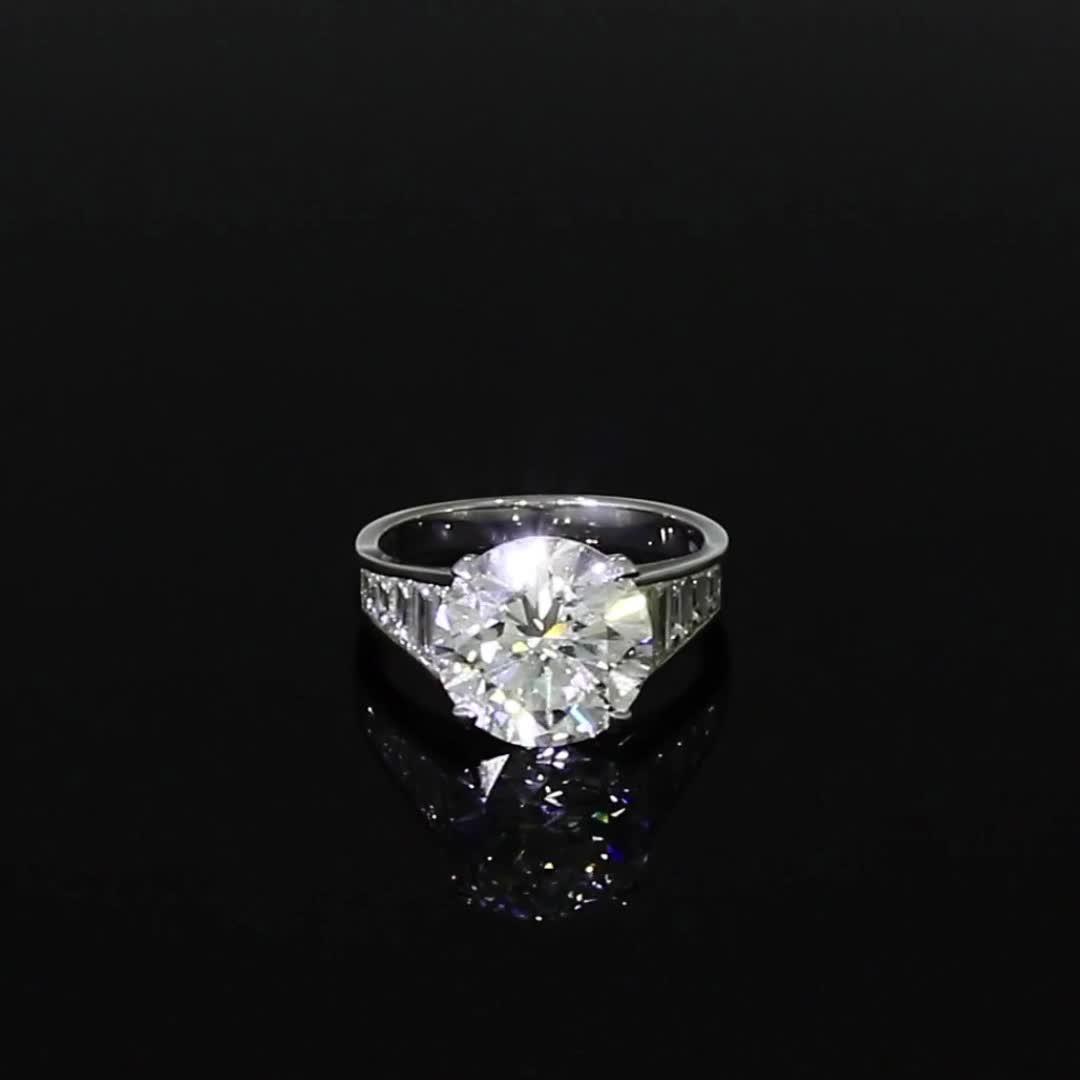 Brilliant Cut Diamond Ring<br /> 5.04CT in Platinum