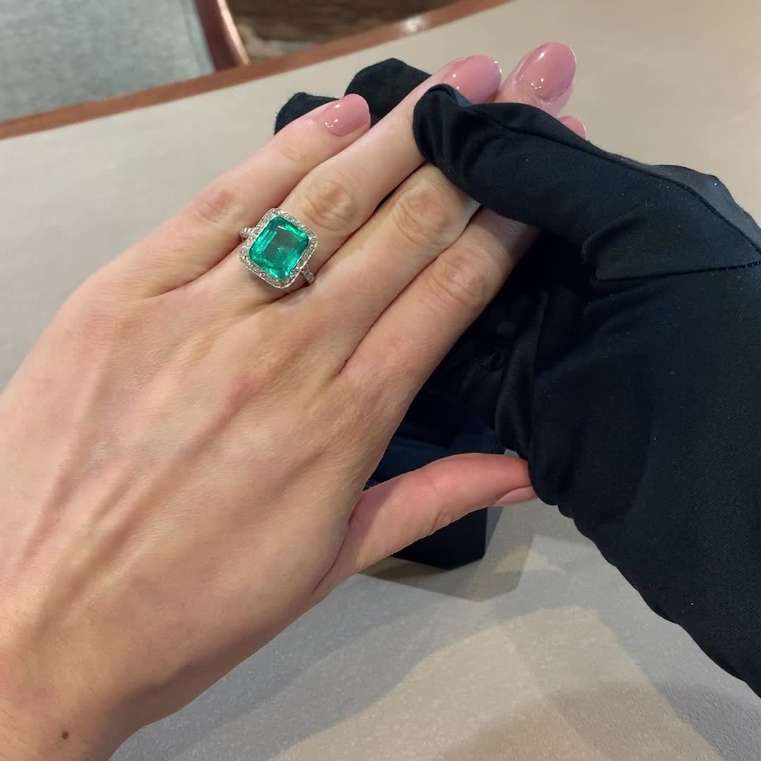 Edwardian Colombian Emerald Ring<br /> 5.60CT in Platinum
