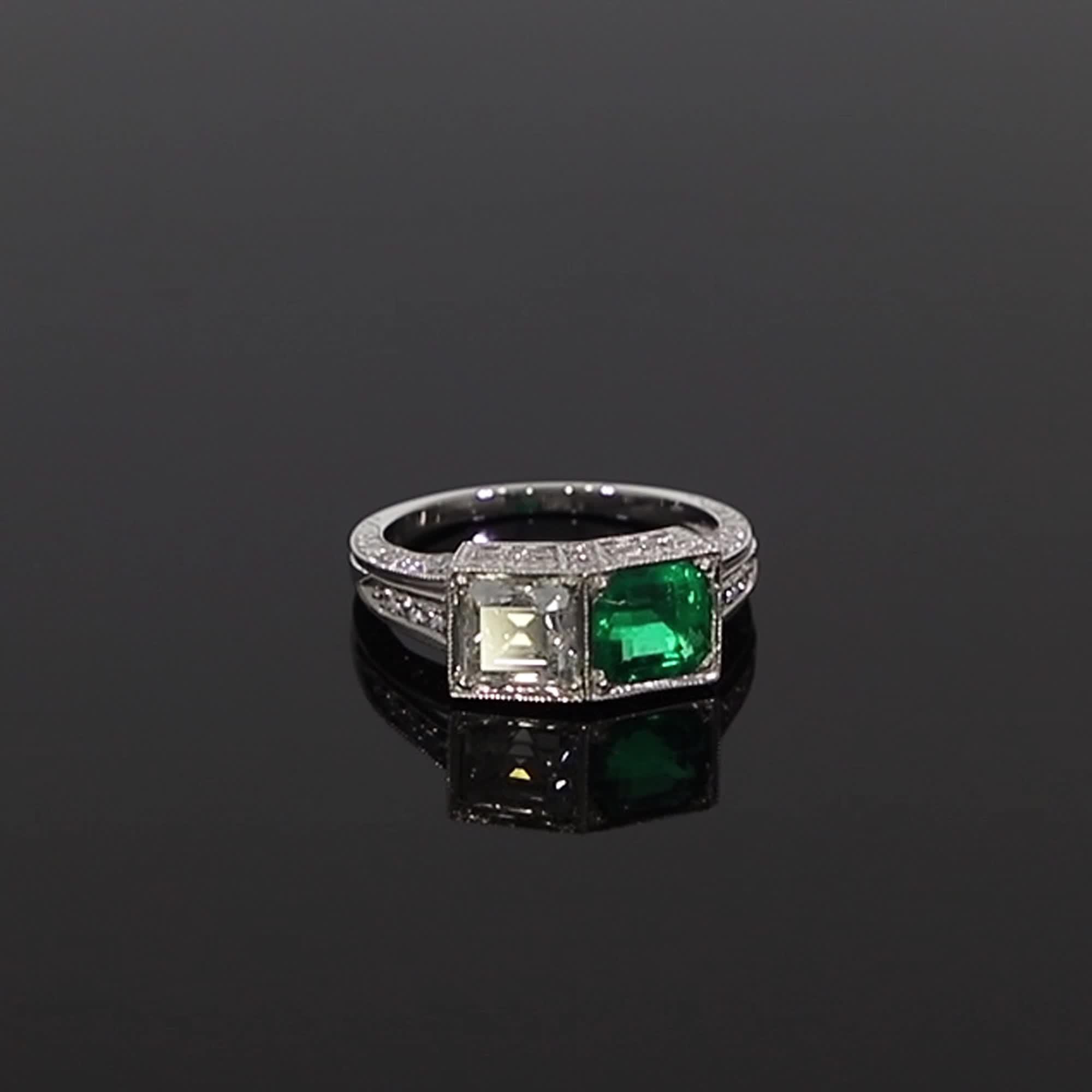 Art Deco Diamond & Emerald Ring<br /> 1.01CT in Platinum