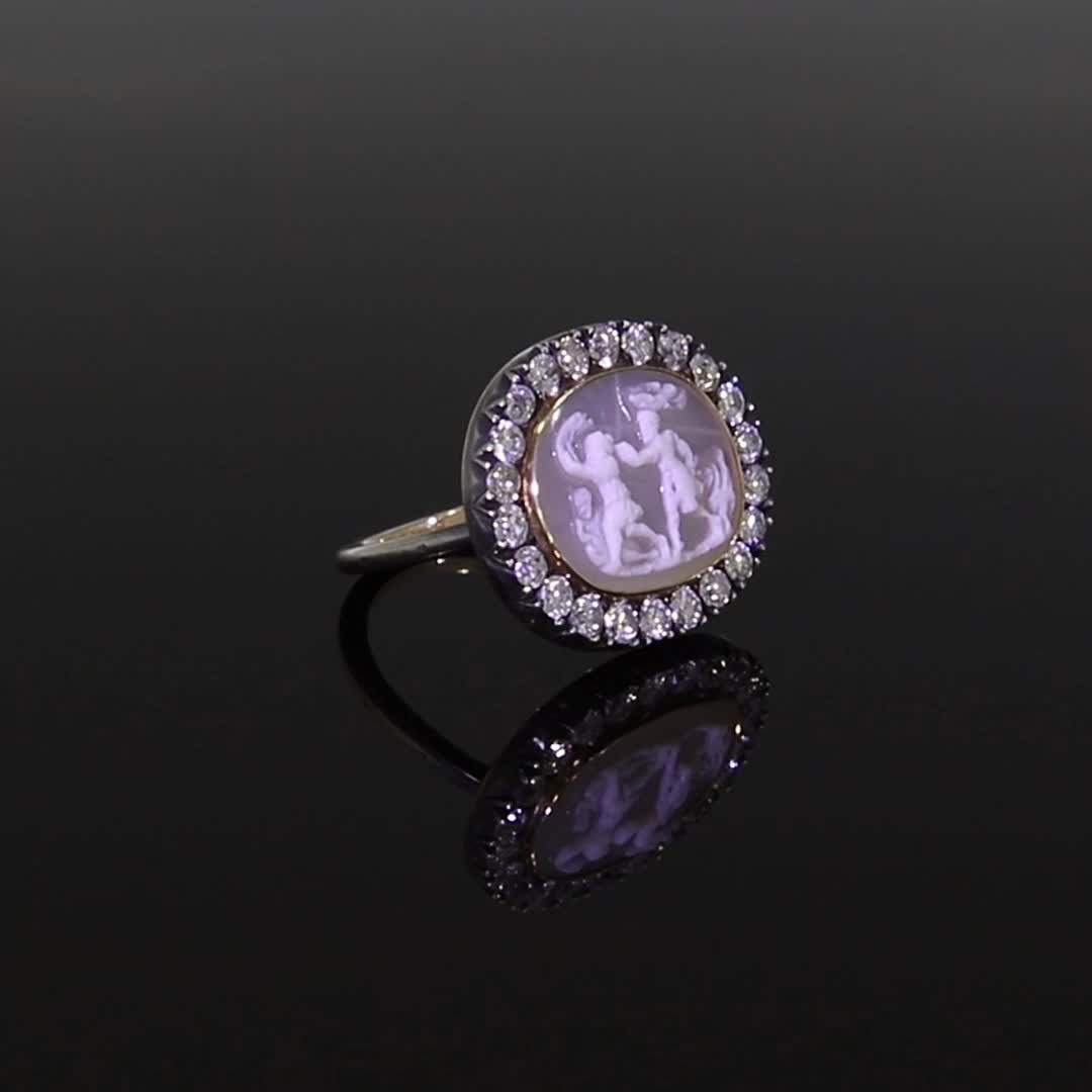Georgian Agate Cameo Ring <br /> 1.03CT in Silver and Yellow Gold