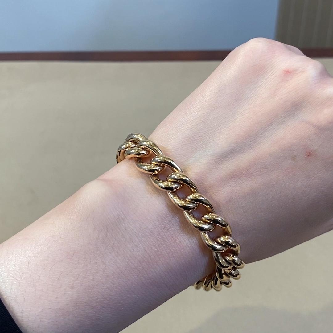 Brilliant Cut Diamond Bracelet<br /> 0.02CT in Yellow Gold