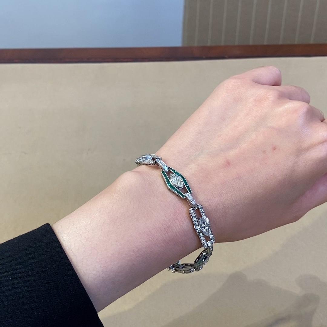Art Deco Diamond and Emerald Bracelet <br /> in Platinum