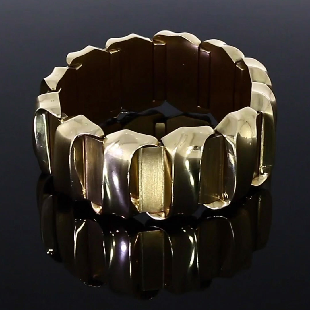Retro Scroll Bracelet<br /> in Rose Gold