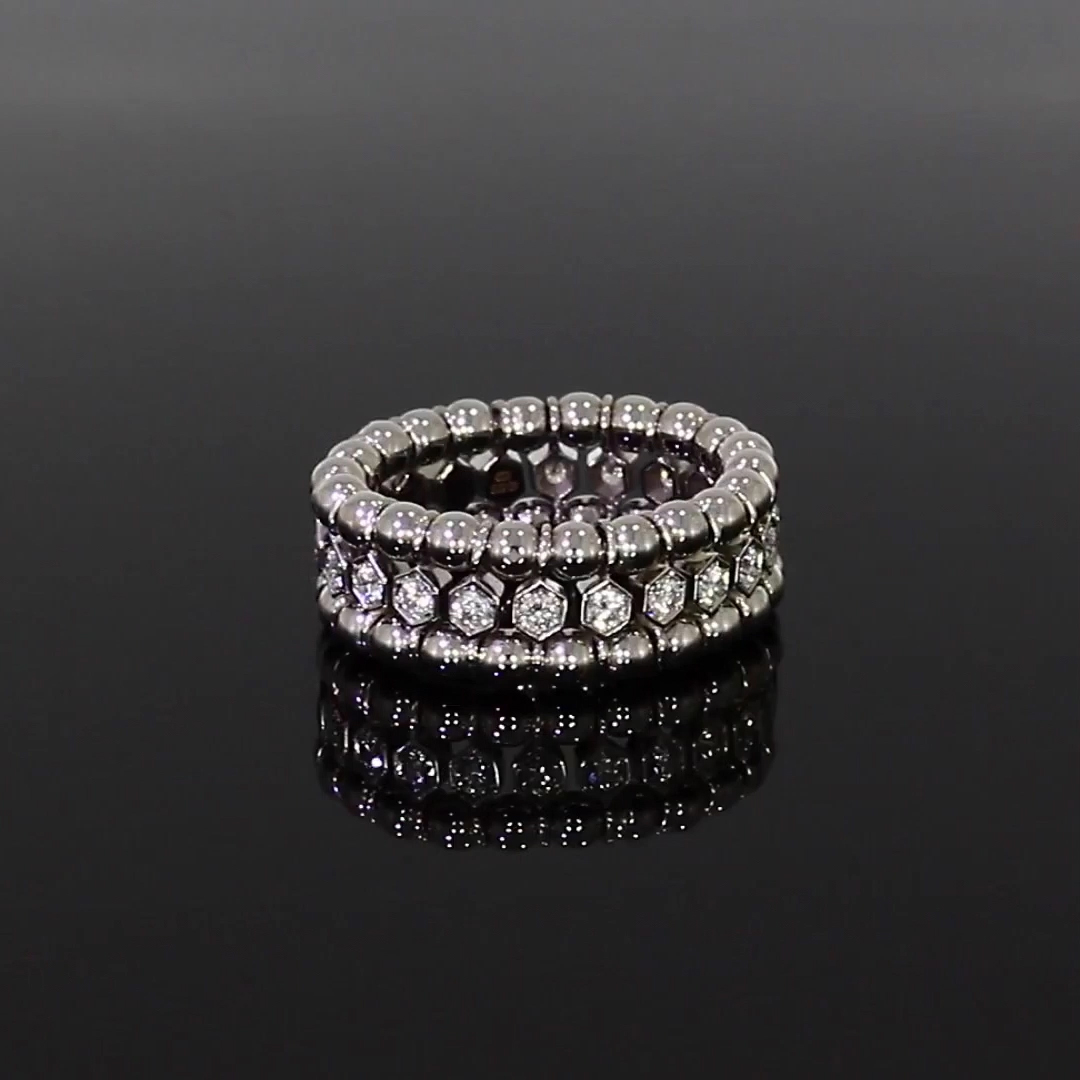 Bohemia Polished Expandable Ring<br /> in White Gold