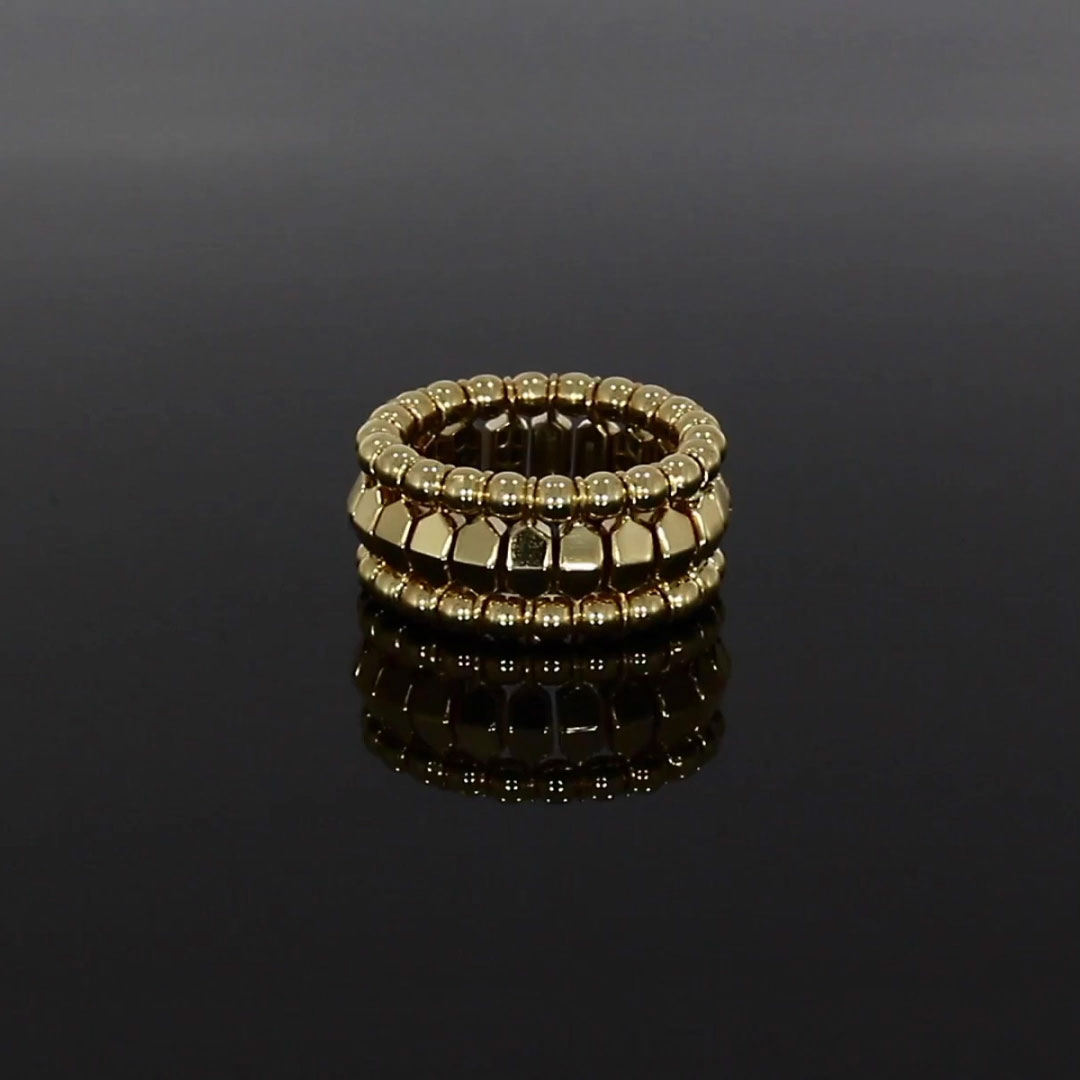 Bohemia Polished Expandable Ring<br /> in Yellow Gold
