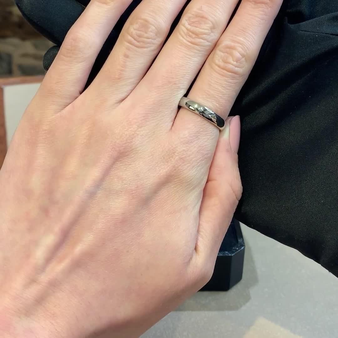 4mm Pragnell Court Wedding Ring<br /> in Platinum