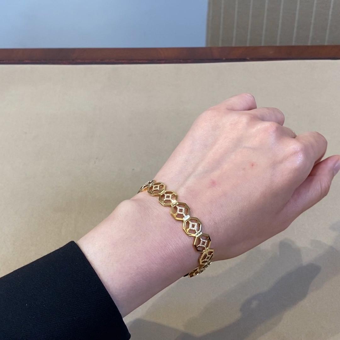 Revival Diamond Bracelet<br /> 0.58CT in Yellow Gold