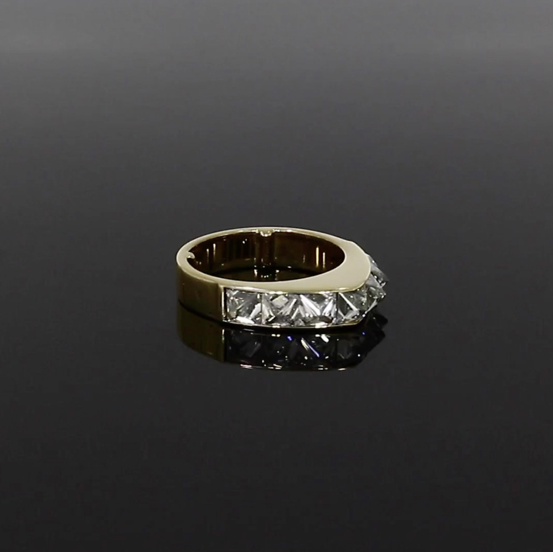 RockChic Peaked Diamond Ring<br /> 2.84CT in Yellow Gold