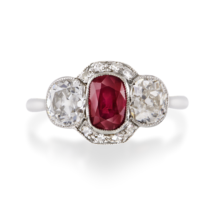 Edwardian Burmese Ruby Ring 1.13CT in Platinum Oval Cut Three Stone Ring, with Diamond Shoulders_2