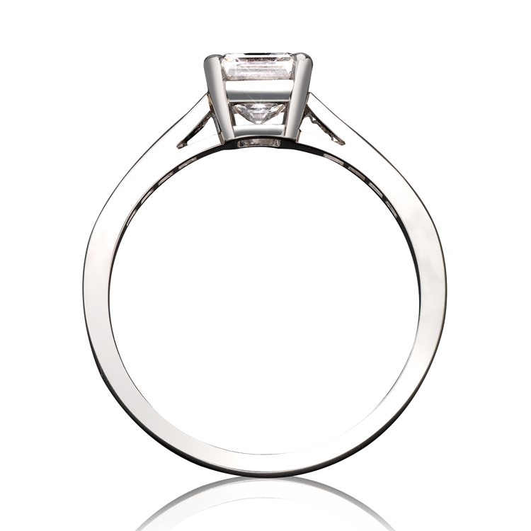 0.90CT Diamond Solitaire Ring<br /> Platinum Gatsby Setting