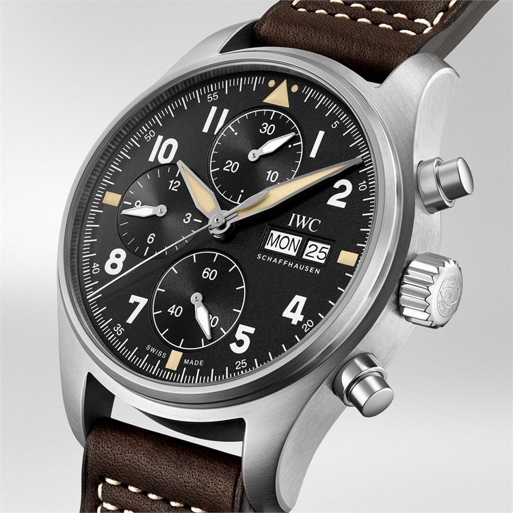 IWC Pilot's Spitfire Chronograph <br /> IW387903