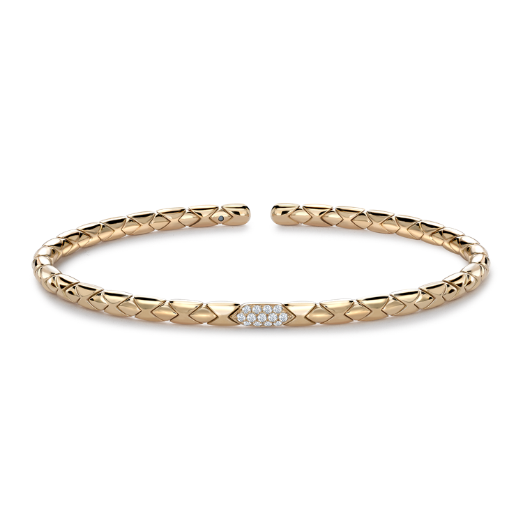 Groove Diamond Textured Bangle 0.10CT in Yellow Gold Brilliant Cut, Pavé Set_1